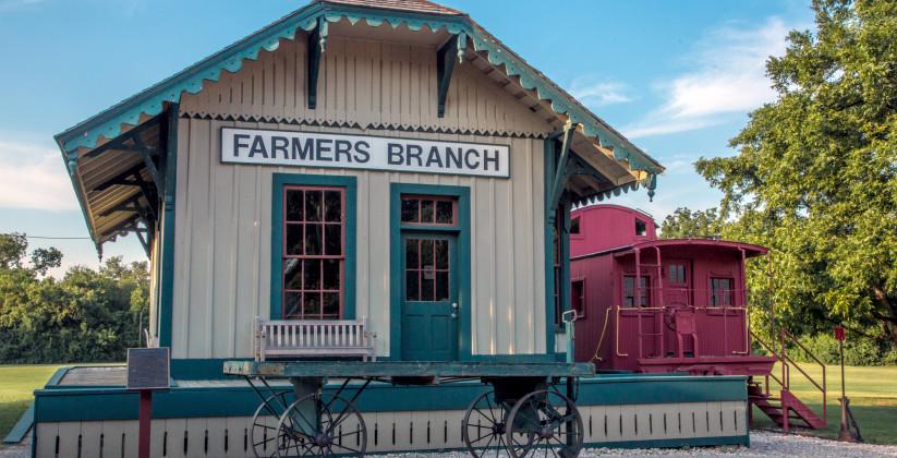 48_Farmers_Branch_EXTERIOR